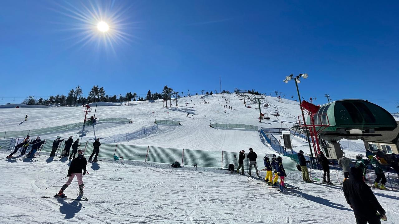 Ski Competes in Regionals