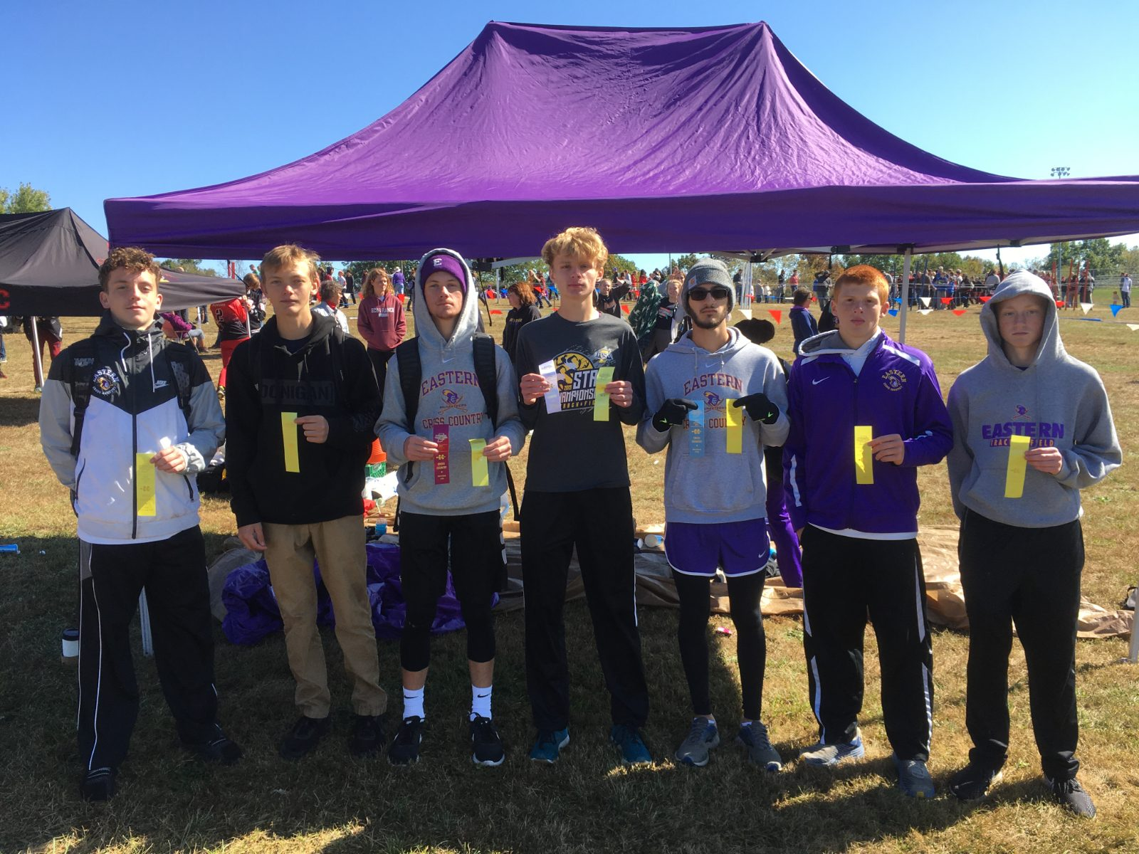 Boys Cross Country Finishes 4th at Bedford Sectional to Advance to Regional