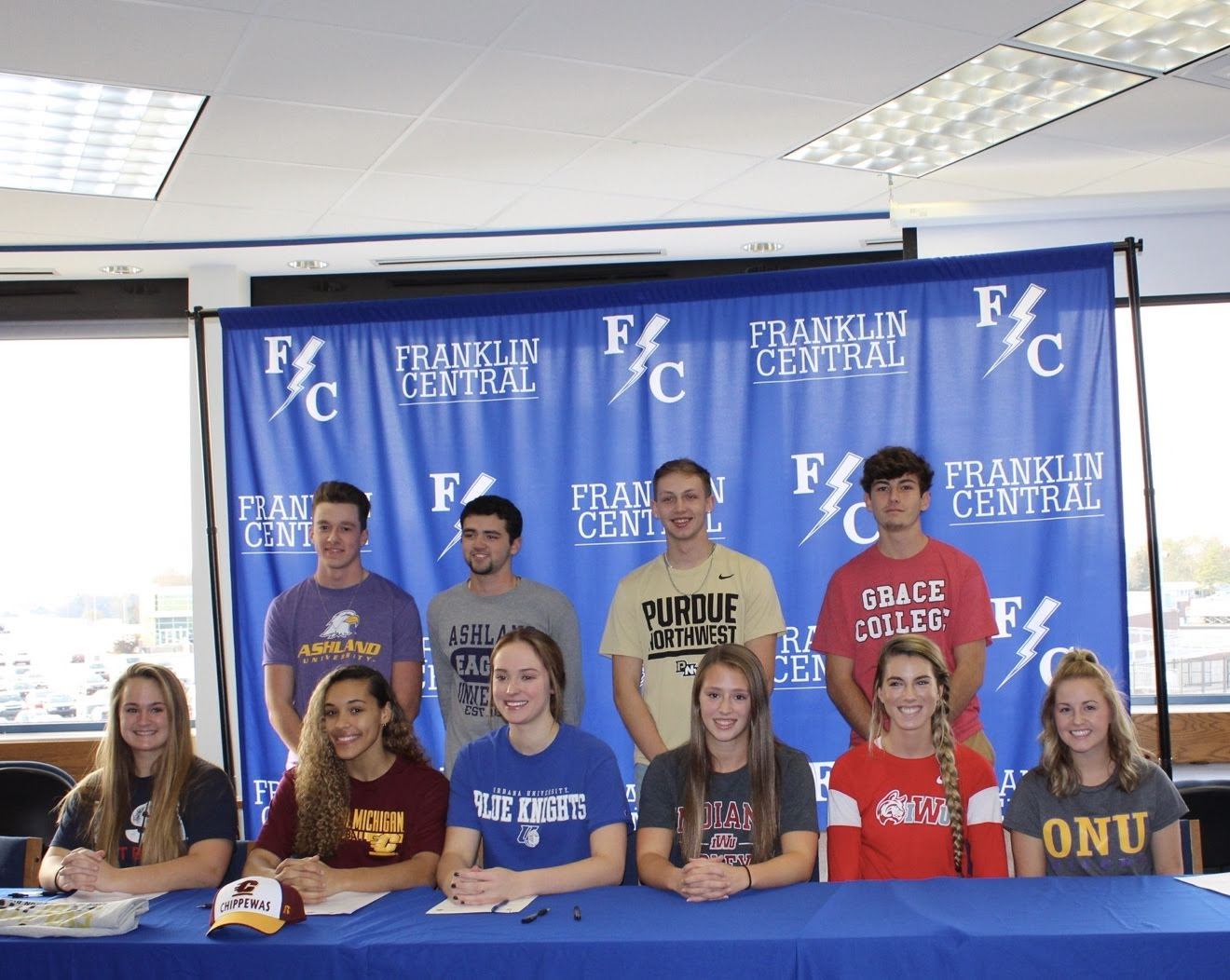 Flashes Honor 10 Seniors on National Signing Day