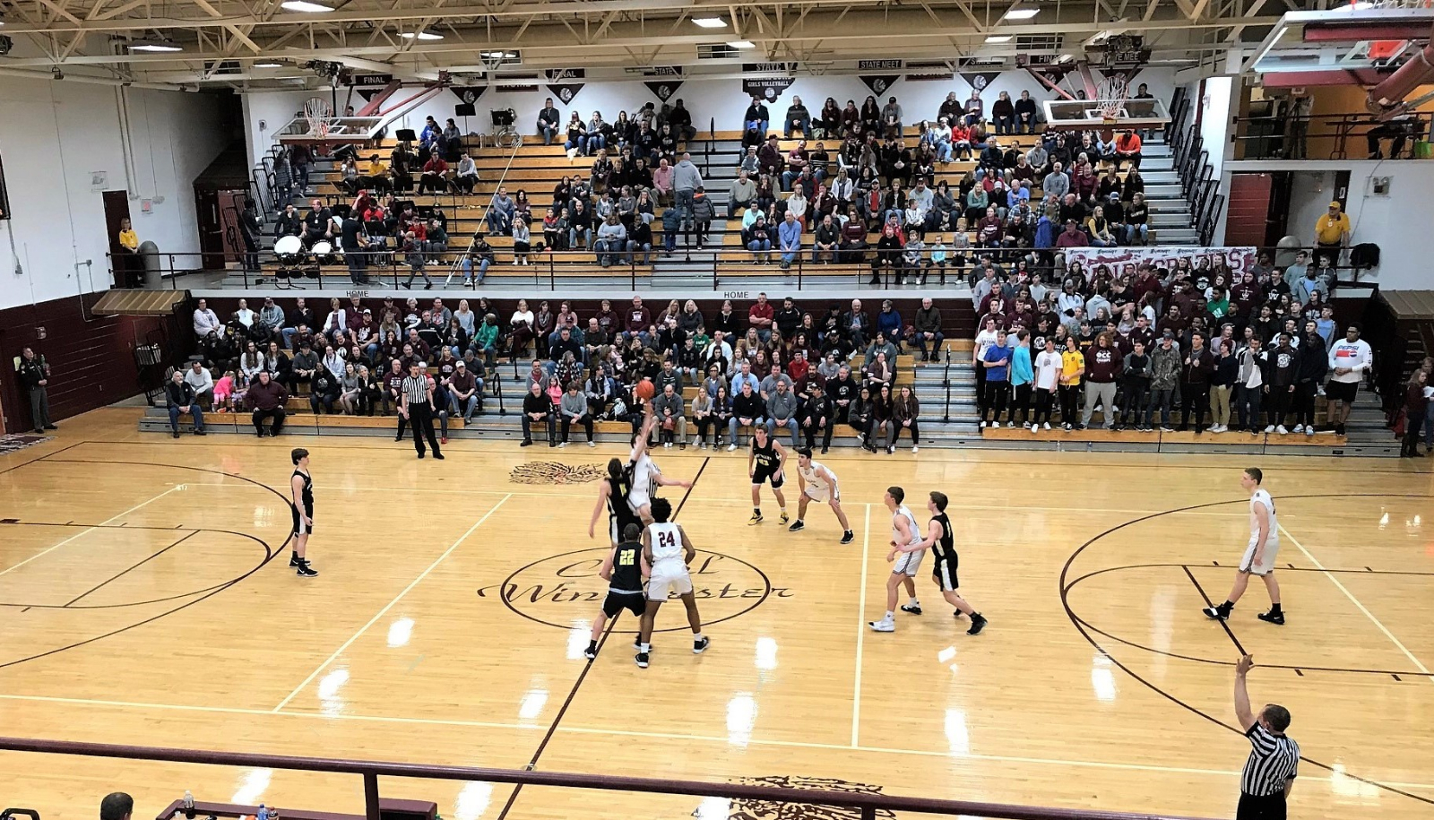 Hoop Scotties fall 75-48 to Canal Winchester in D-I, boys basketball post season opener; finish season at 15-8