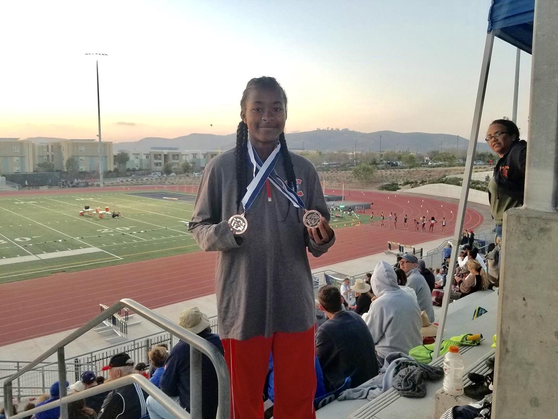 Freshman Phenom-Saniyah Starks shatters school record AGAIN