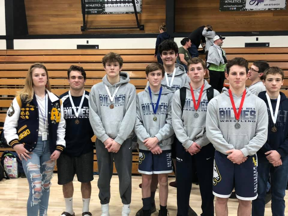 Billies Place all wrestlers at Districts