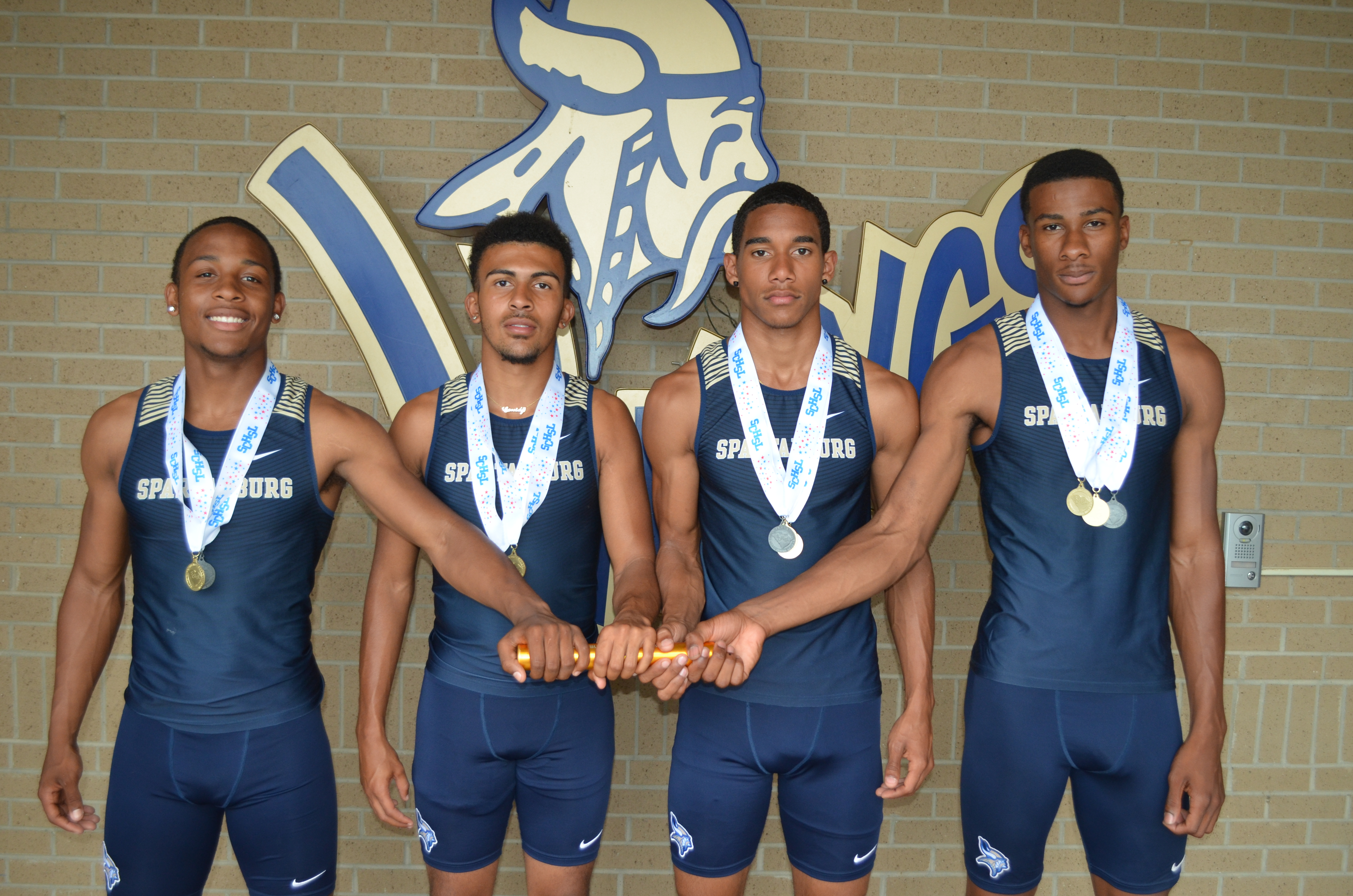 Congratulations to the 4×100 Relay State Champions