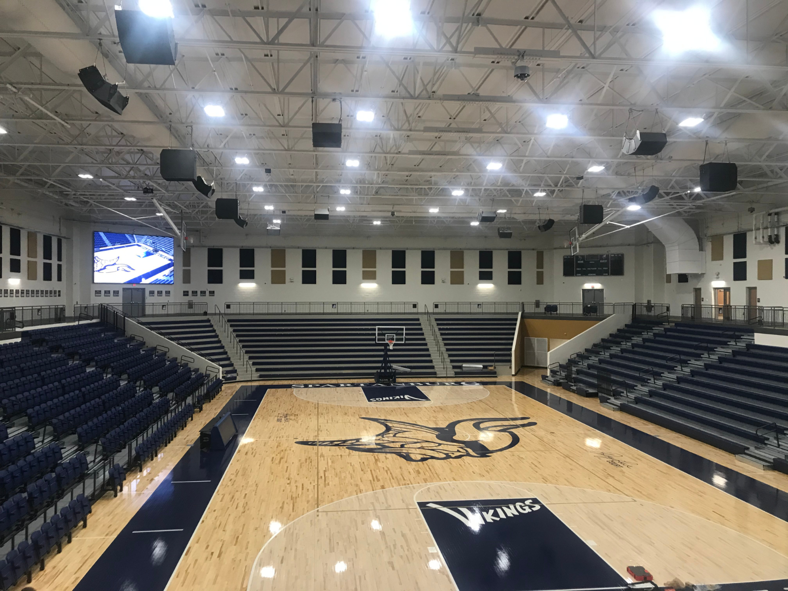 First home basketball game in Viking Arena