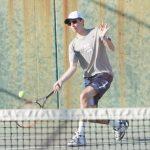 Boys Varsity Tennis beats Pasadena 18 – 0