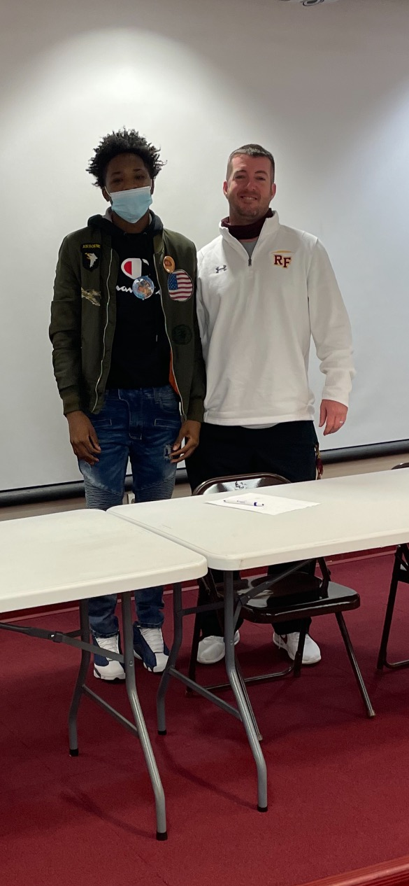 Senior DJ Wright signs with Manchester for Football.