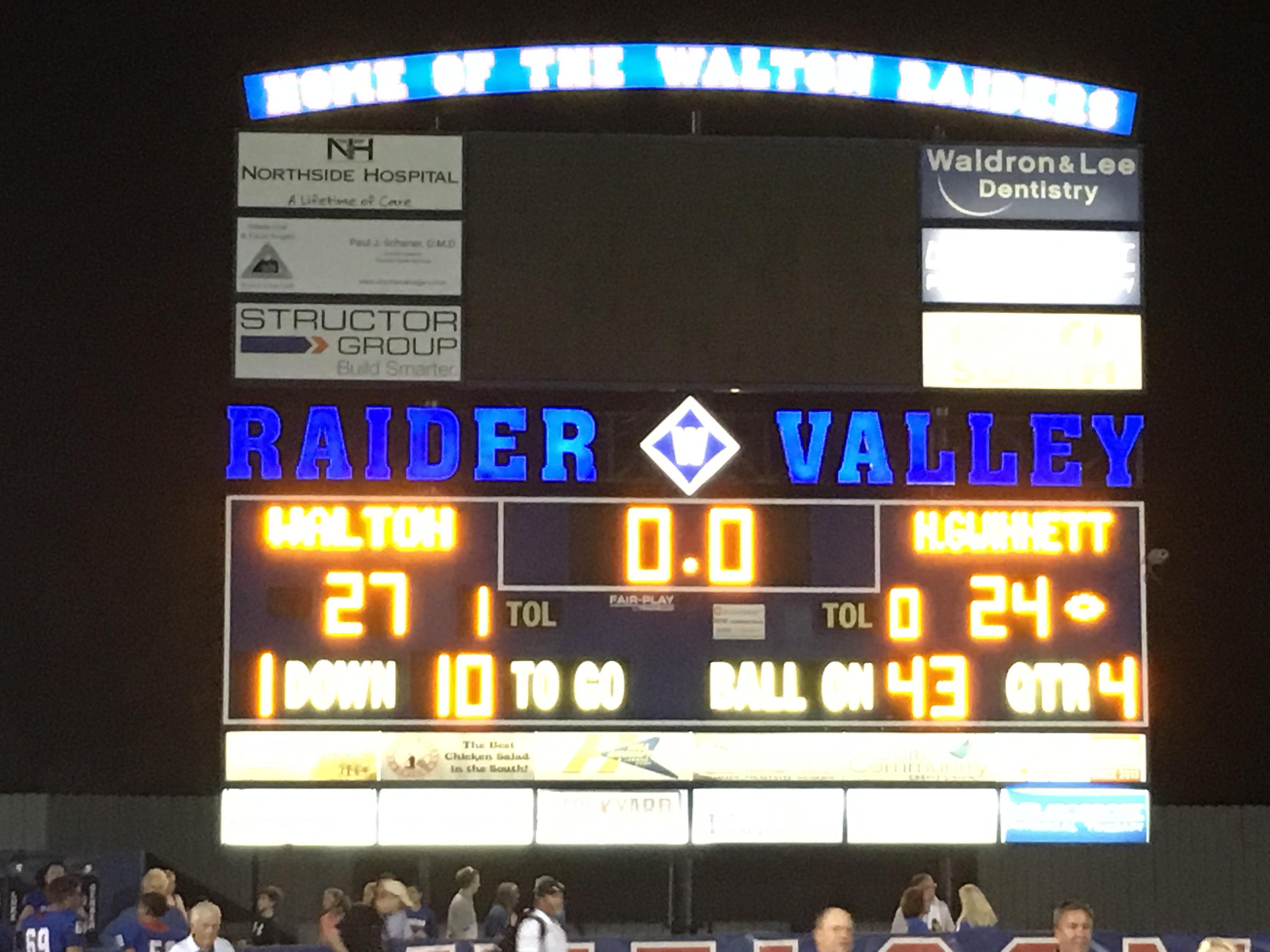Raiders beat North Gwinnett on Late Touchdown