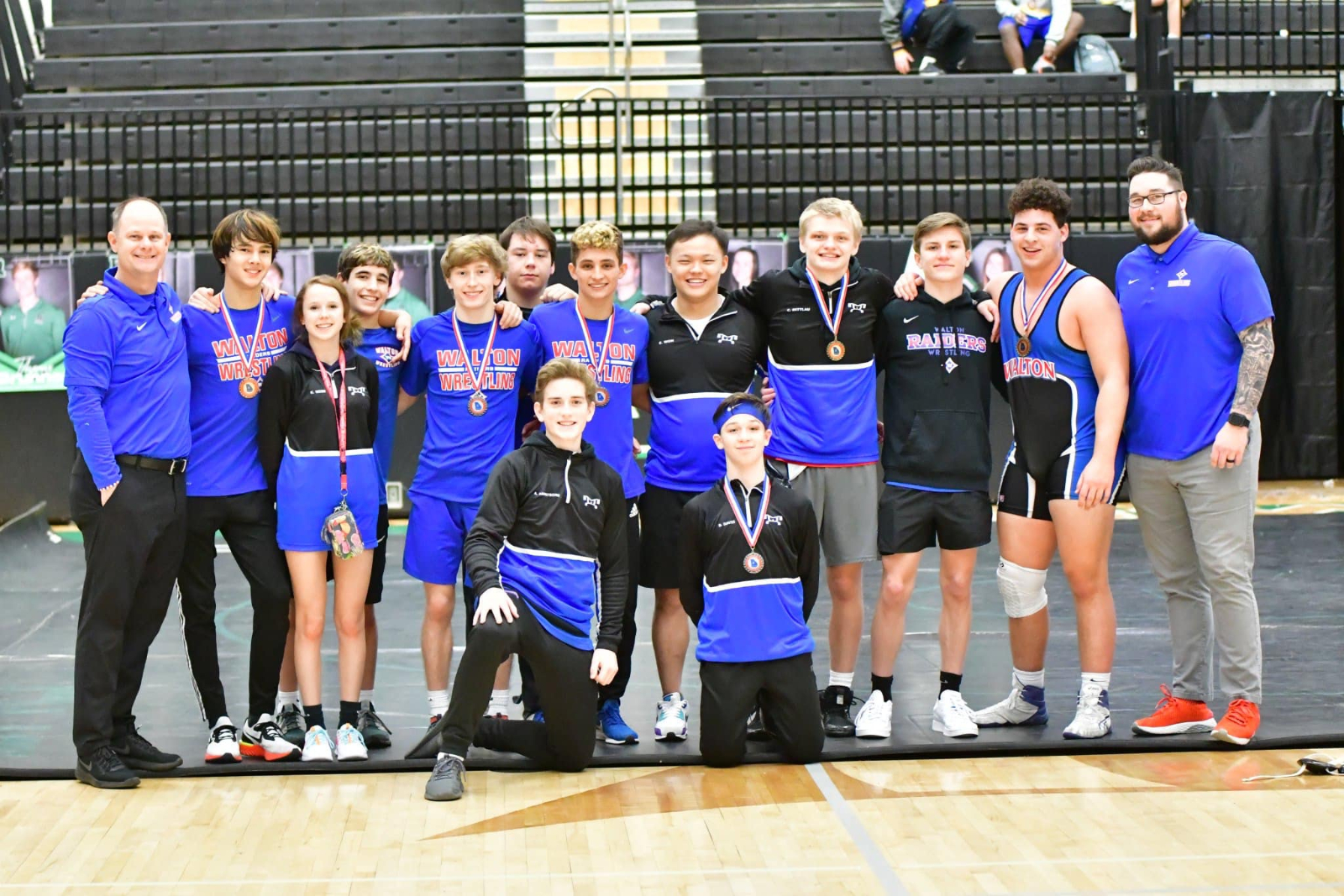 6 Wrestlers advance to State Championships