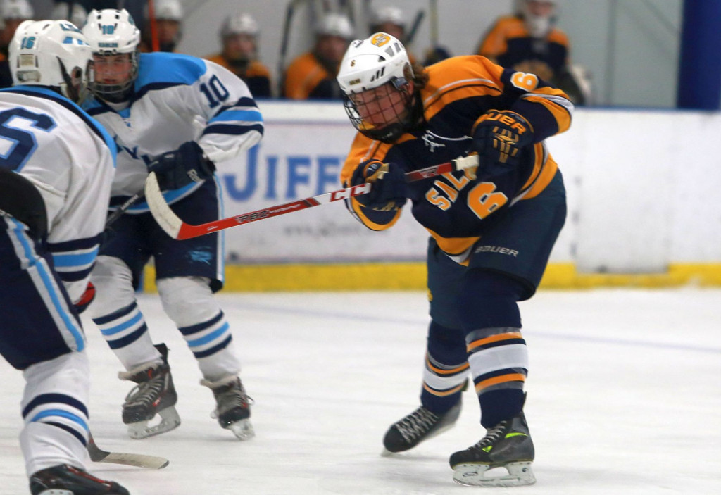 The Saline Post: HOCKEY: Saline Scores 3 Straight Goals in the 3rd to Defeat Novi