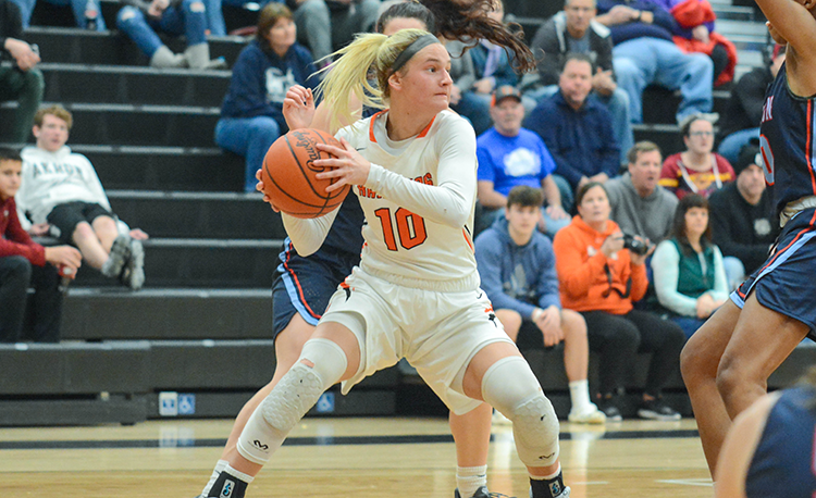 Rangers find balance in win over Mentor