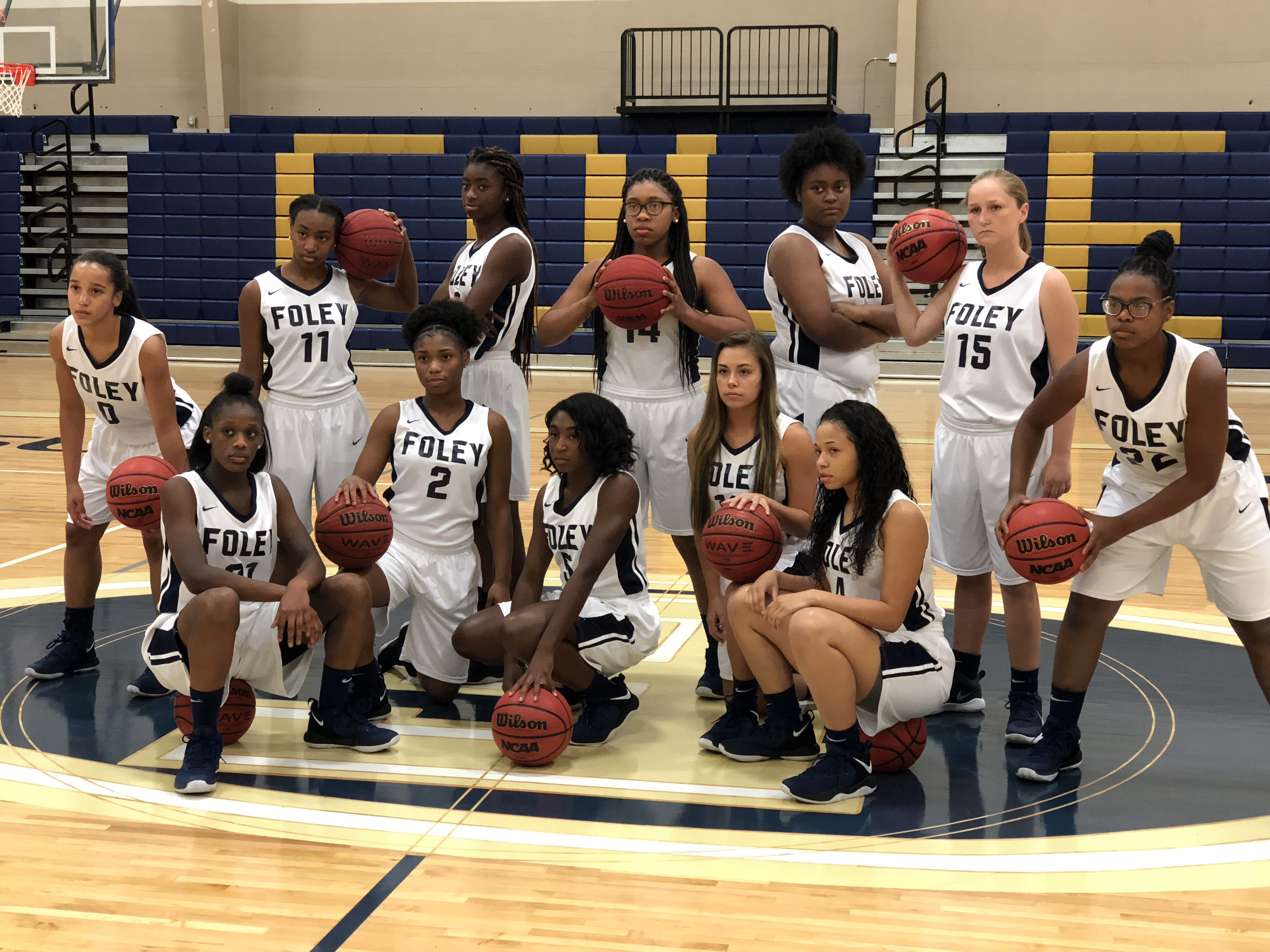 Girls basketball ranked #10 in latest polls