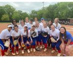 Girls Varsity Softball beats Gallatin 10 – 9