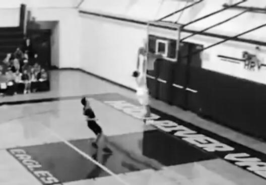HRV Boys Basketball Beats Sandy in Season Opener