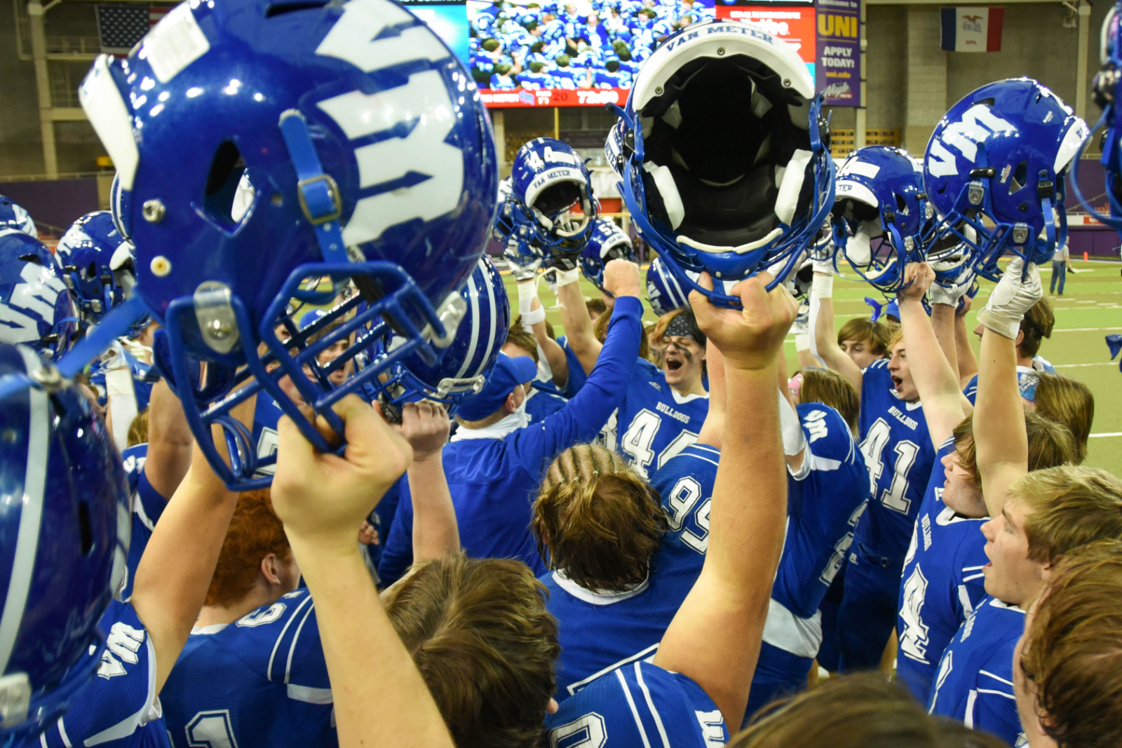 Bulldogs Defeat South Central Calhoun 20-12 in State Semifinals