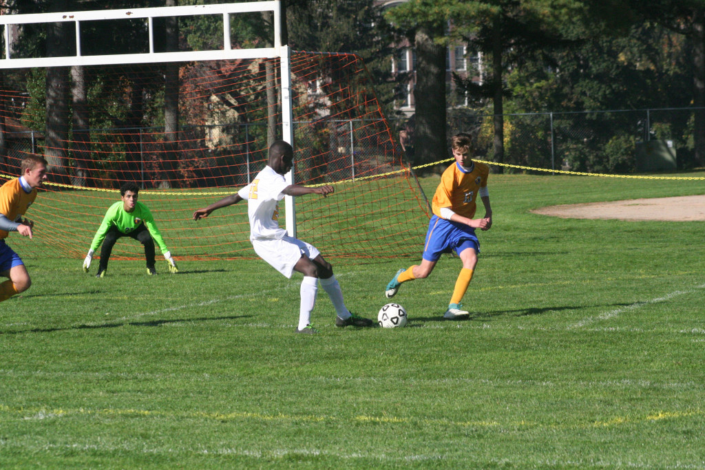 Chicopee High Boys soccer to playoffs