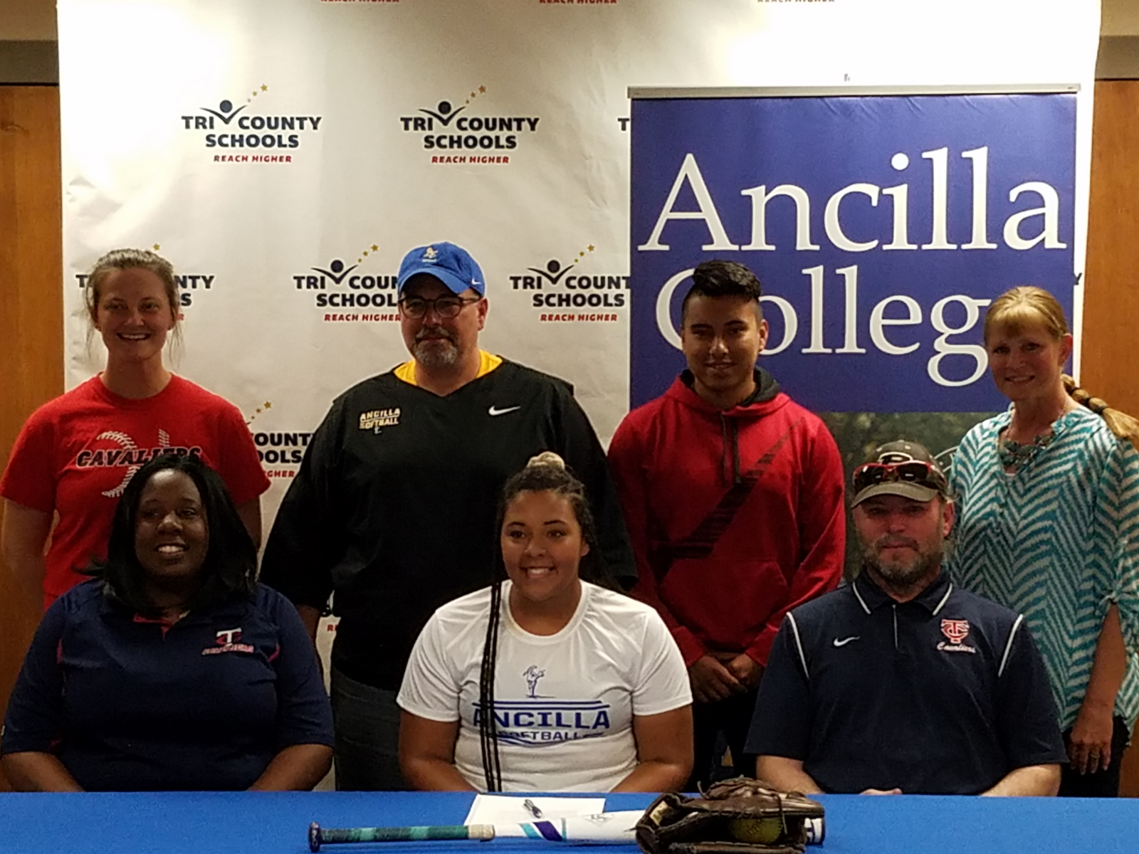Whitcomb to play softball at Ancilla College