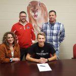 Kamminga signs to play Soccer at University of Indianapolis!