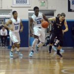 Basketball Splits Contests over Weekend