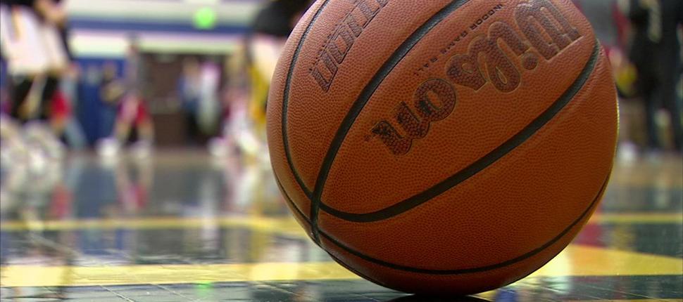 JV Boys Basketball falls to Cougars, 67-58