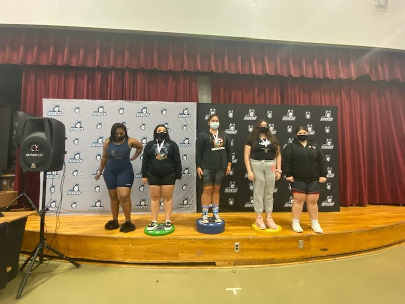 Girls Weightlifting Districts