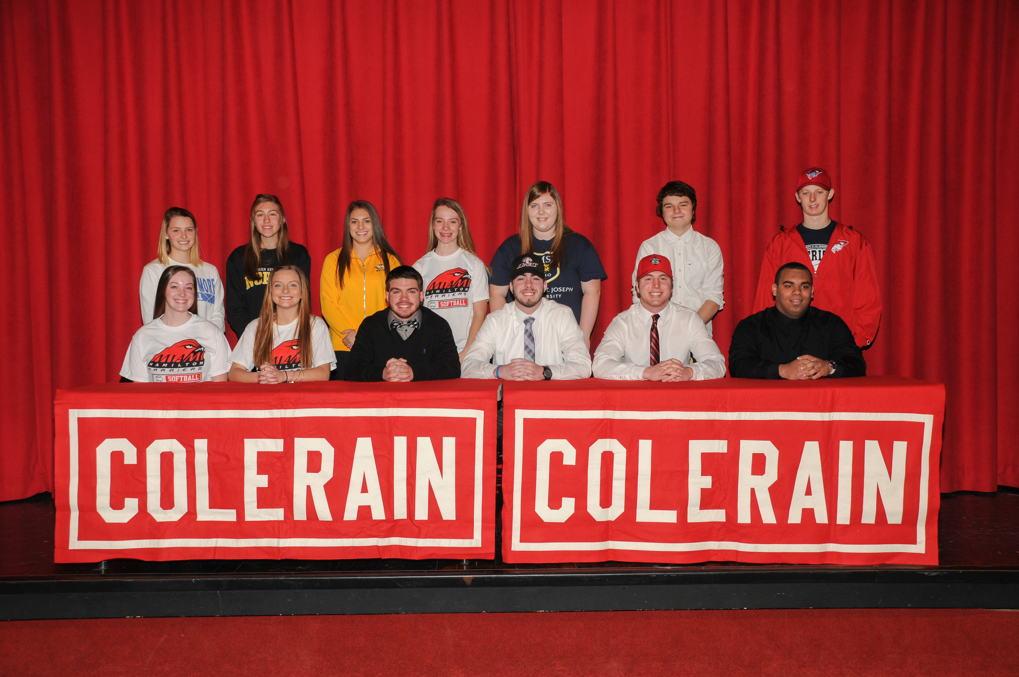 13 Cardinals Commit to Play at Next Level on Signing Day
