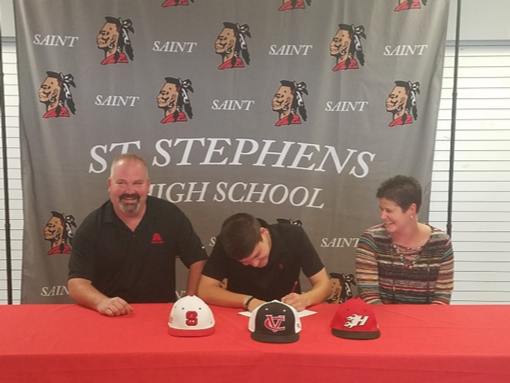 Chapman Signs with CVCC Baseball