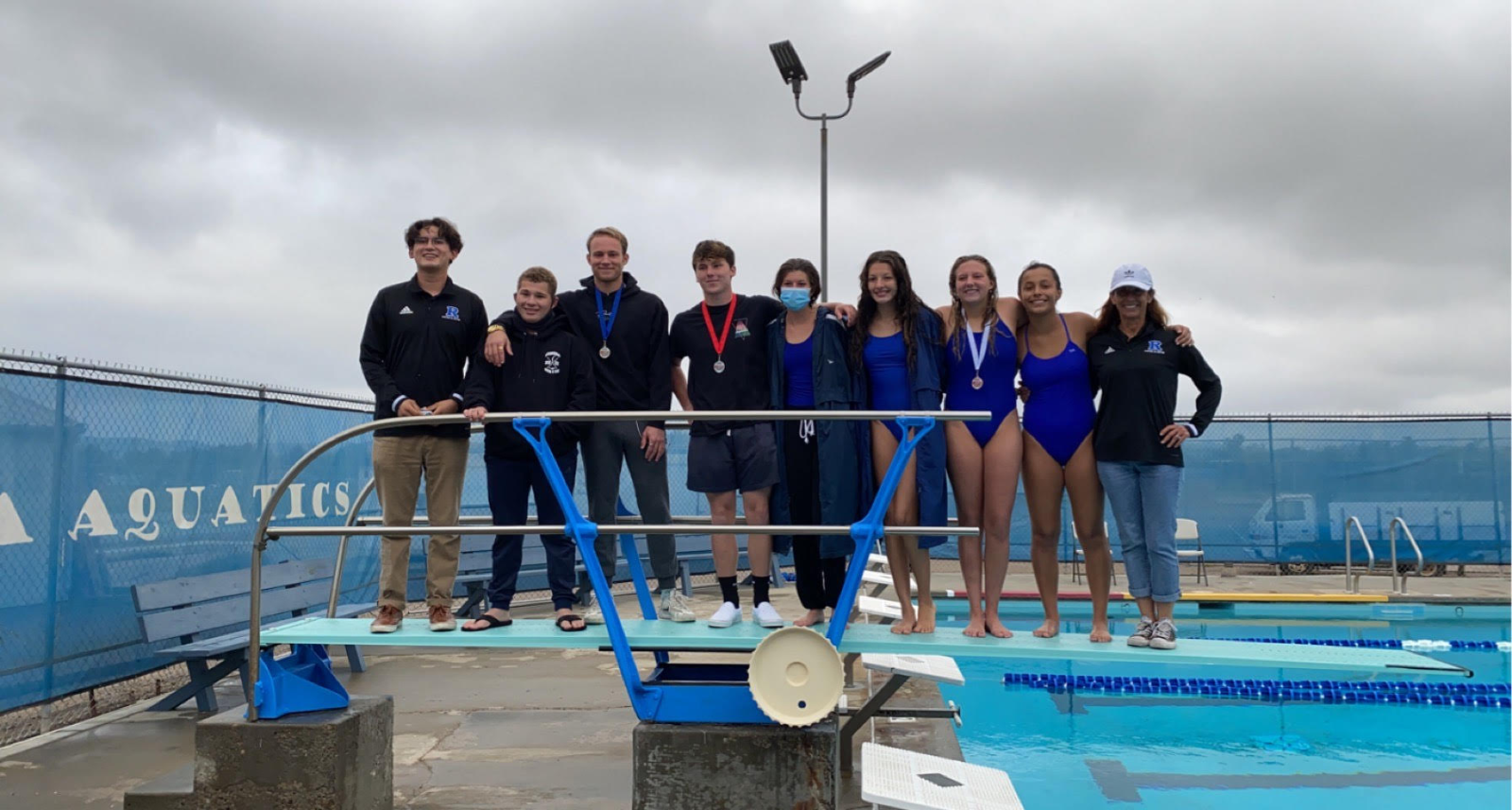 "Bulldog ""Diving"" Team wins the Valley League Championship!"