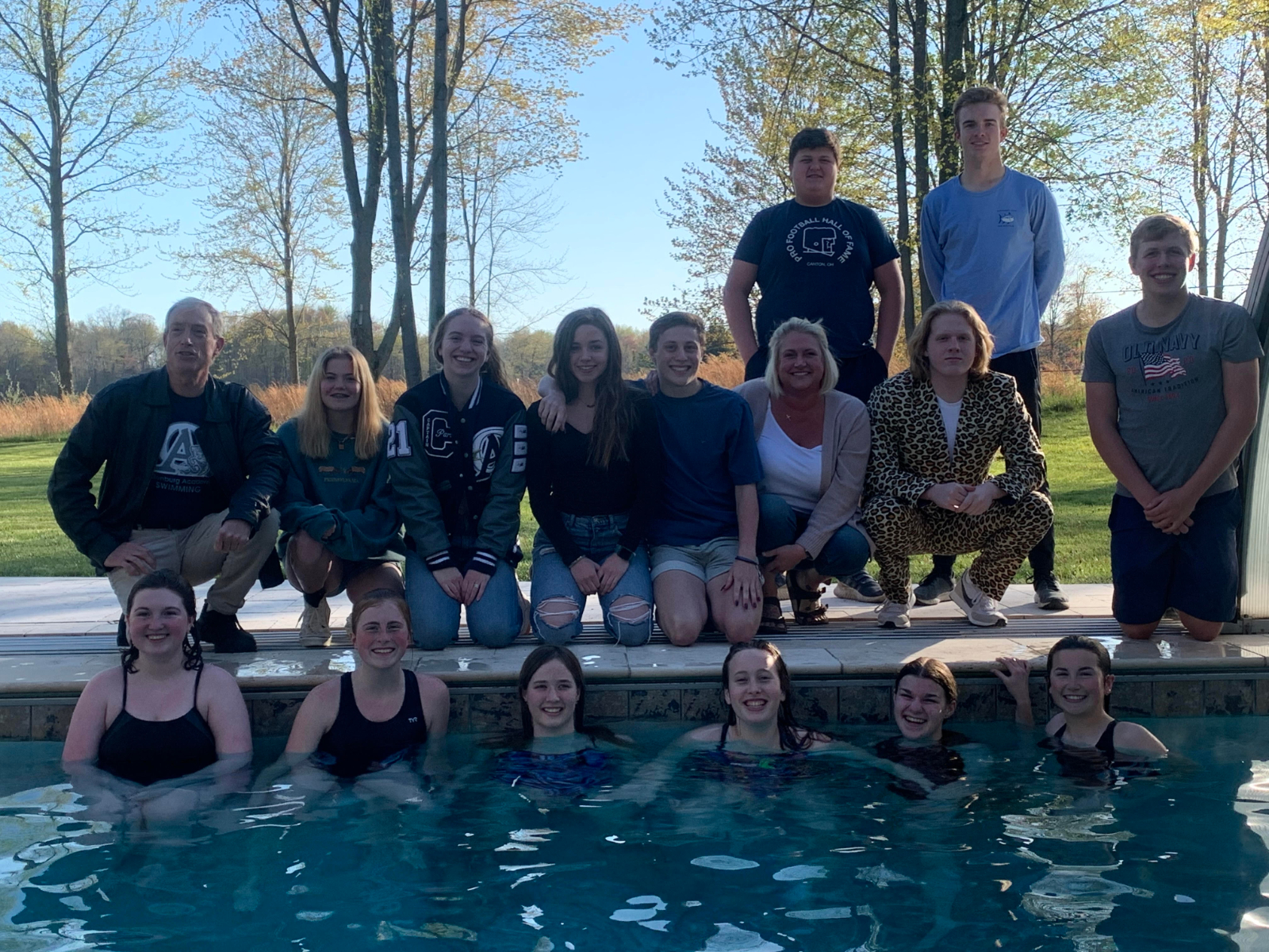 Swim team holds end of year banquet