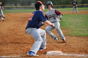 Baseball: March 19 Verse Winston