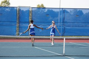 Lady Monarch Tennis Takes on Marion Harding