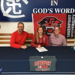 Possett signs with Davenport