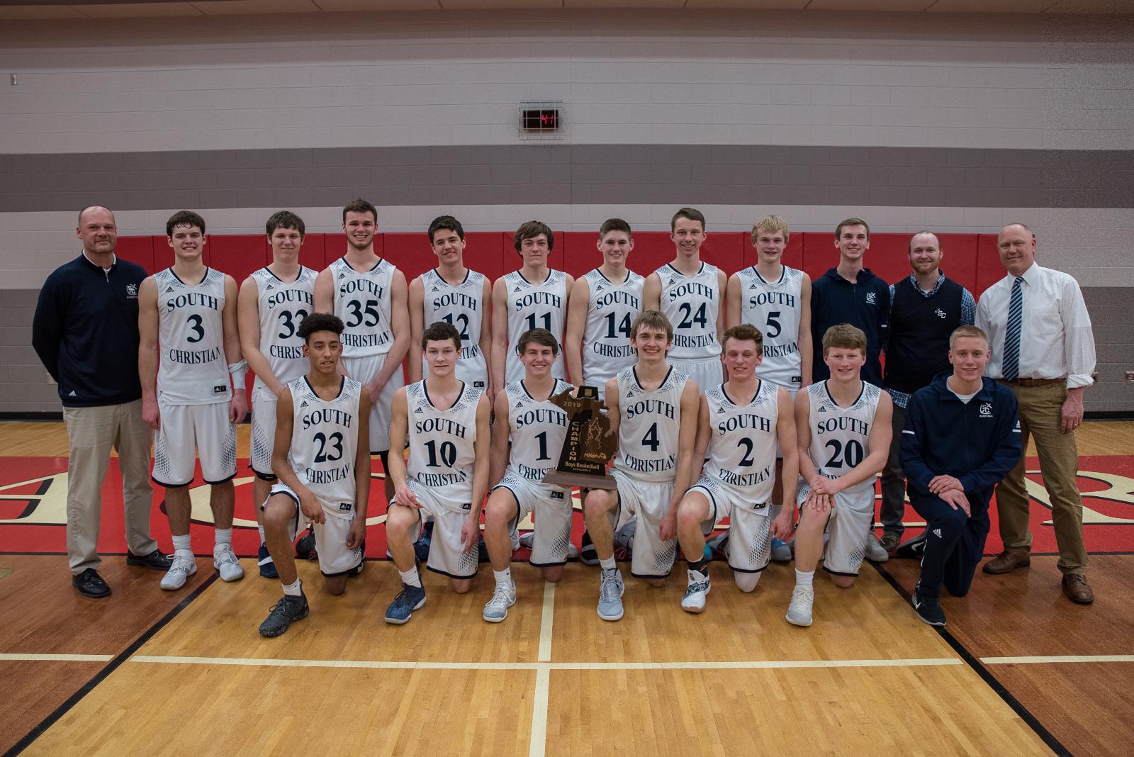 Boys Varsity Basketball beats GRCC 64 – 62 to capture MHSAA Regional crown