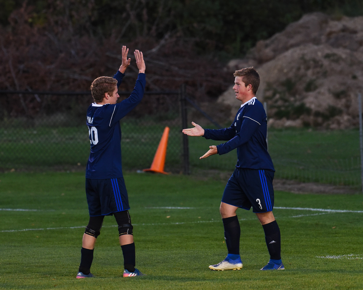 Boys Soccer clinches OK Gold title with shutout over Wayland