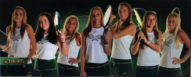 Seahawks Girls Tennis Players with Region Awards