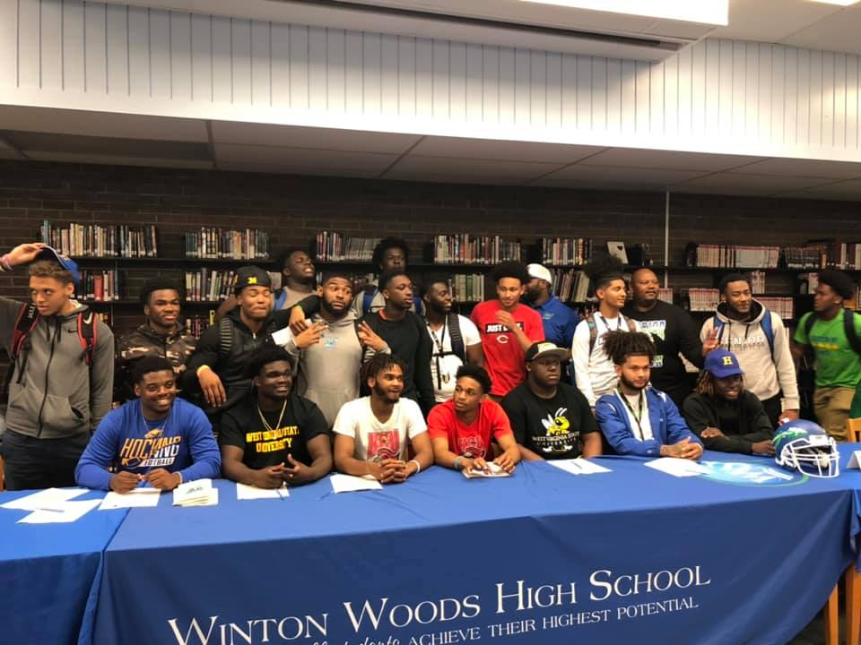 2019 College Signings