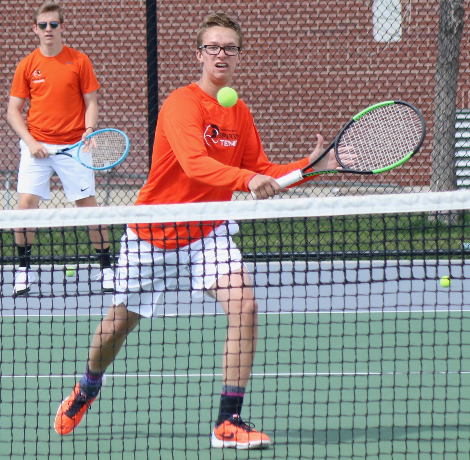 MHS Tennis Splits with Hunter and Skyline