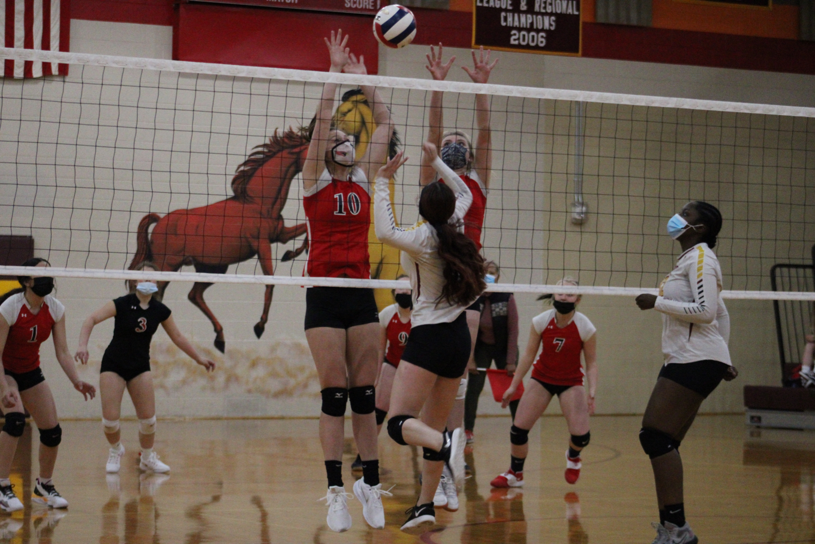 Photo Gallery: JV Volleyball vs. Elizabeth