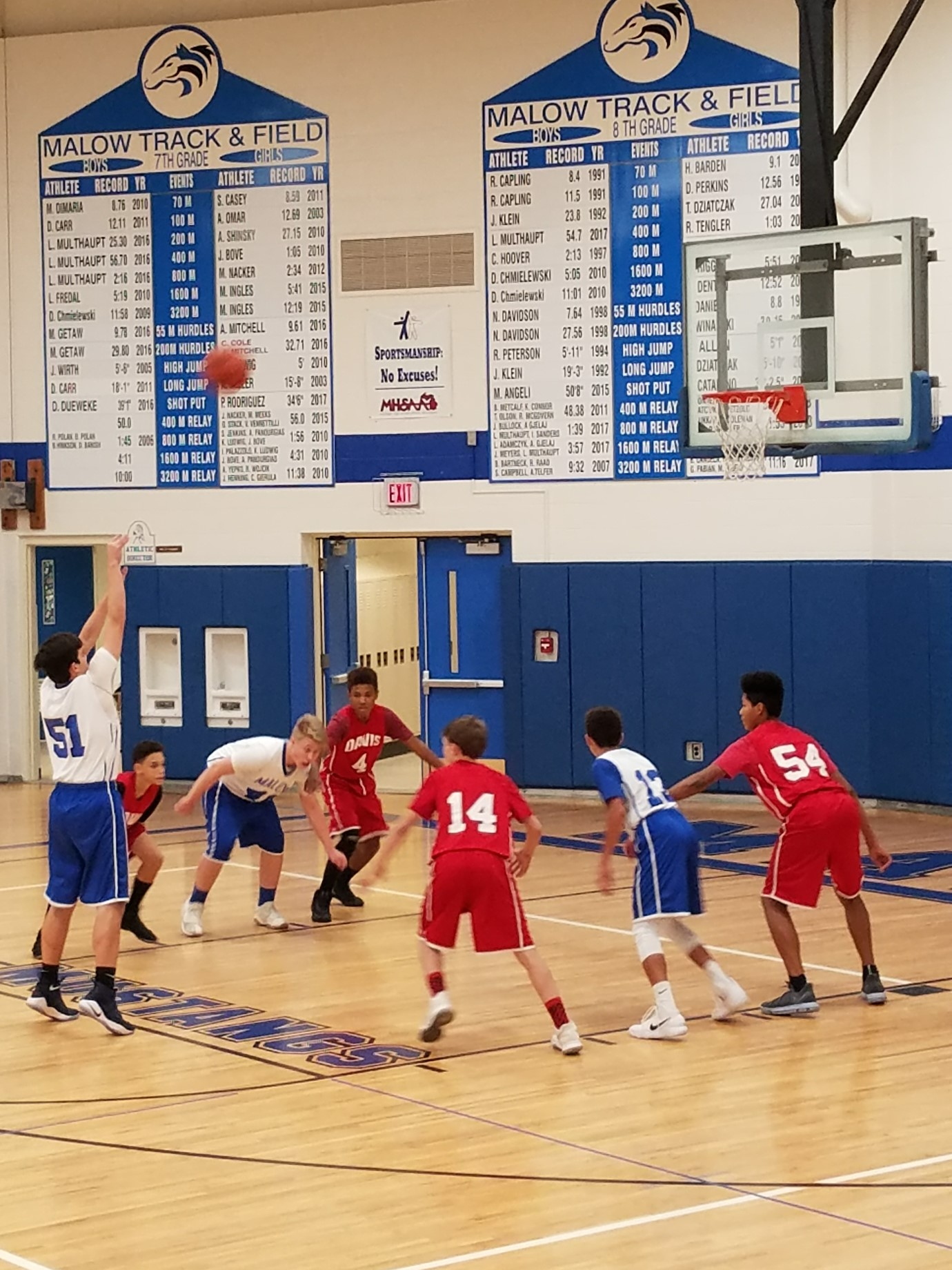 Eisenhower BOYS BASKETBALL – MAC Tournament Game – Tuesday, 2/20/2018 – Please Sign up to Volunteer!