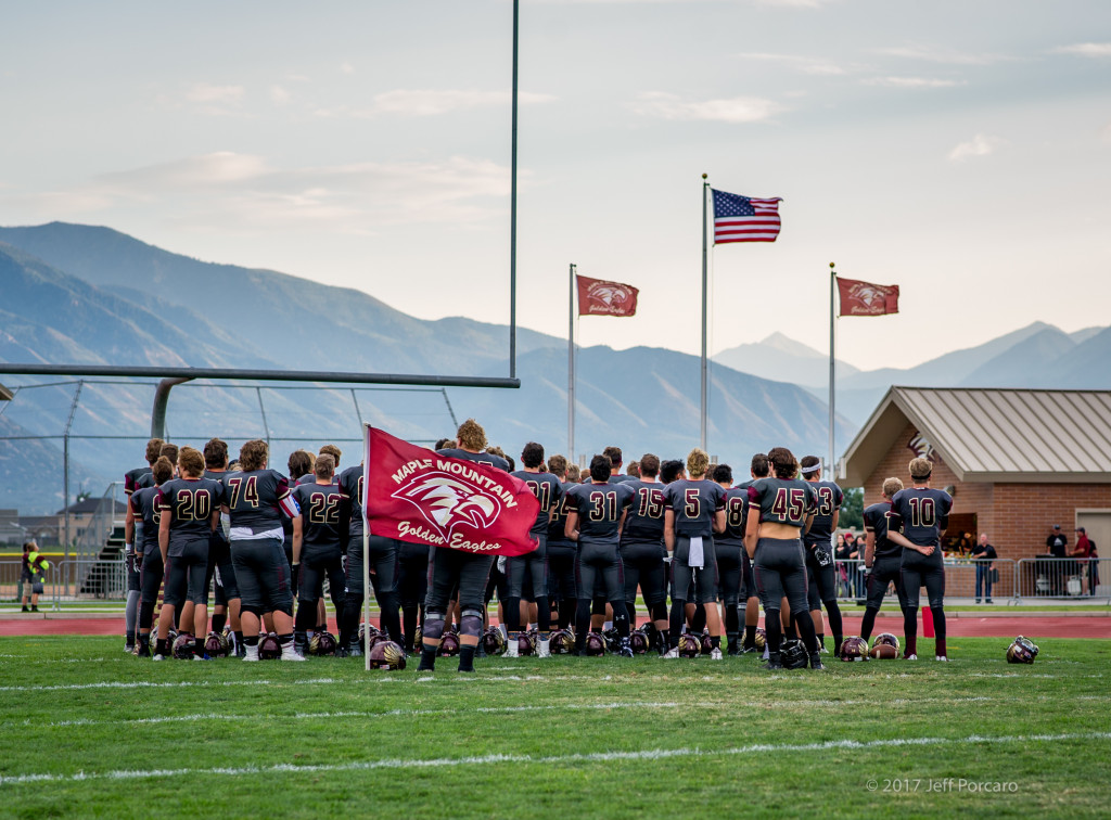 Maple Mountain High School Varsity Football falls to Salem Hills High School 39-24