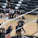 Girls Varsity Volleyball beats Johns Creek 2 – 1