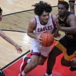 Boys Basketball Opens Up Holiday Tournament with Win