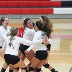Girard High School Girls Varsity Volleyball beat Lakeside High School 3-2