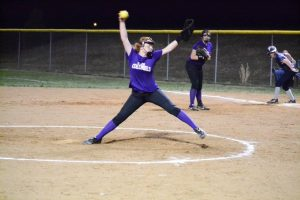 Softball vs Monroe County