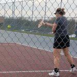 Girls Varsity Tennis beats Oskaloosa 6 – 5