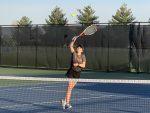 Girls Varsity Tennis beats Knoxville 5 – 4