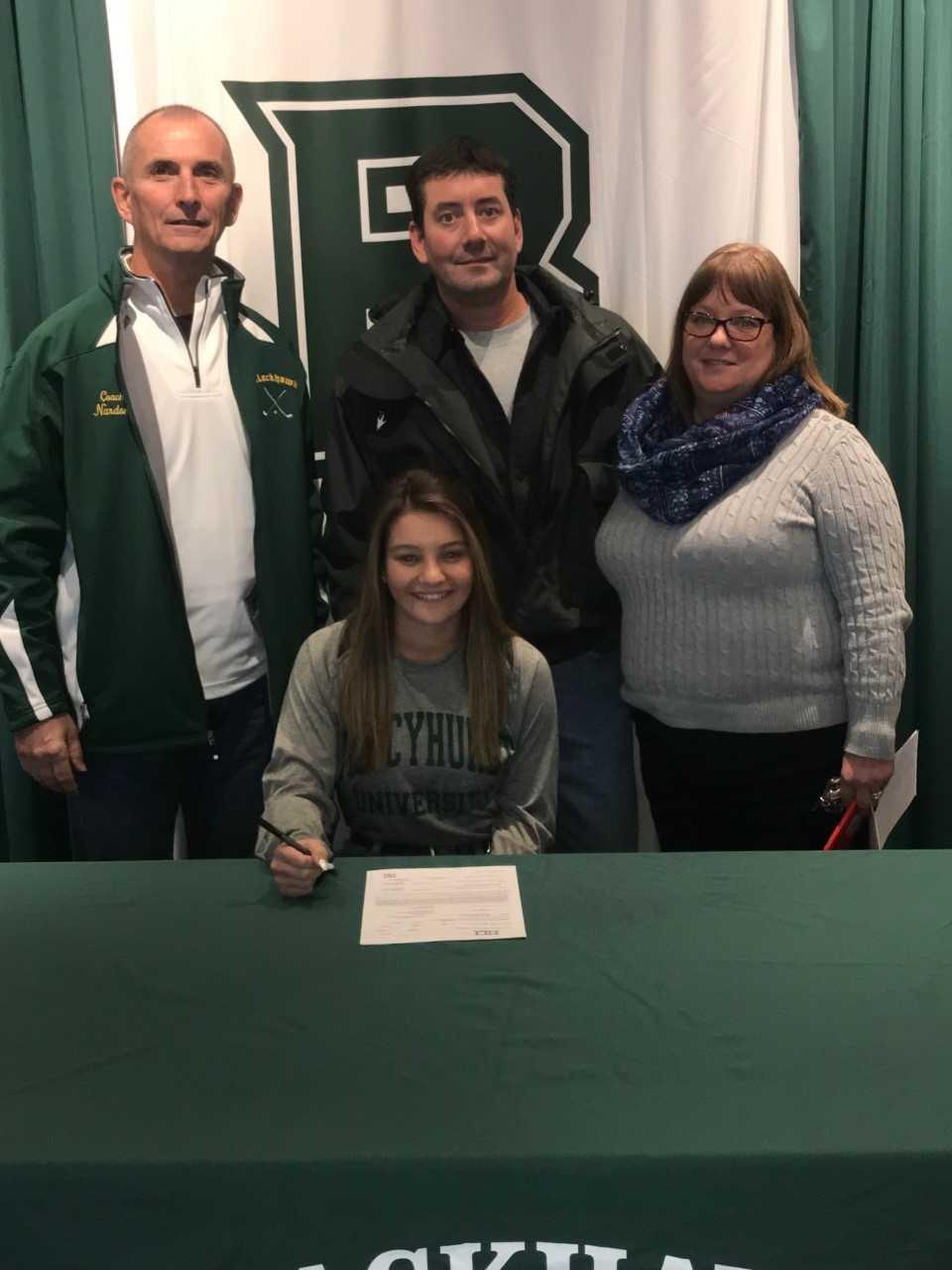 Hannah Mensch signs with Mercyhurst University
