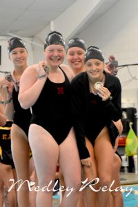 Girls Swimming and Diving 2017