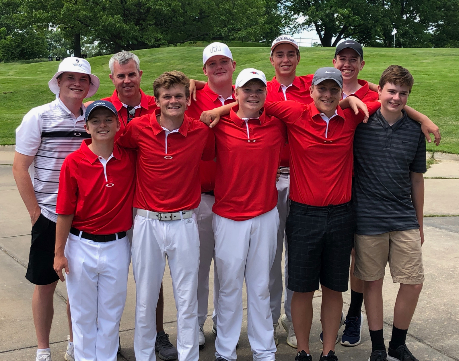 Redhawk Golfers Finish 11th in State!