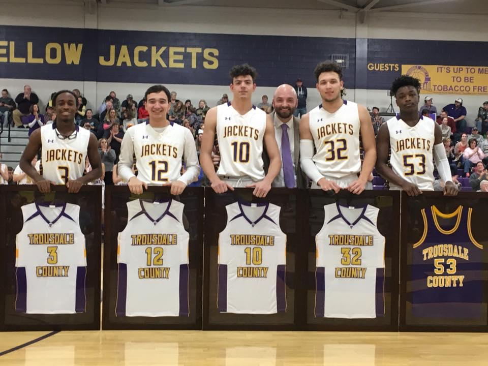 Boys Varsity Basketball falls to Pickett County 51 – 46