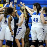 Lady Wildcats Stomp Gators!